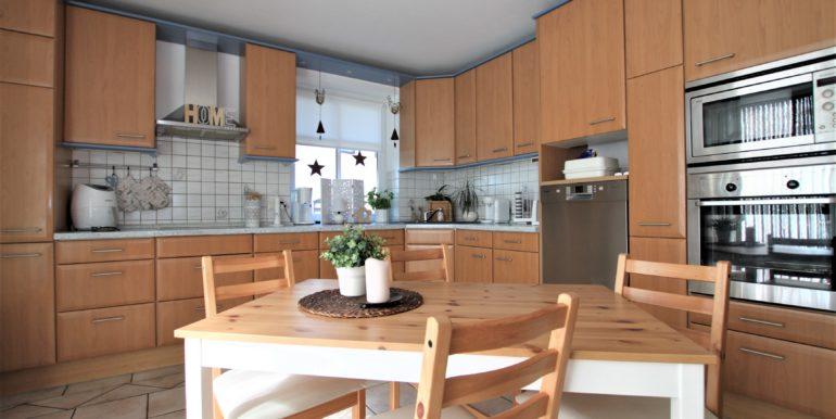 Küche unten